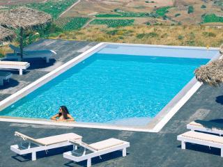 Eos villa Santorini villa with private pool