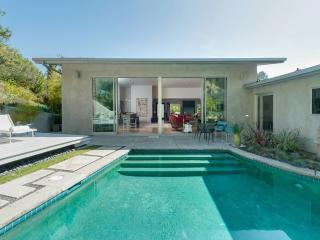 Lilypool, luxurious villa in the Hollywood Hills, Los Angeles