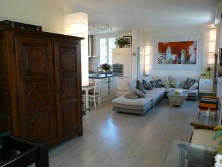 120 M²Duplex Apartment In Cap D'Antibes,