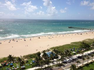 Relax at the beach!, Pompano Beach
