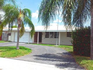Furnished Waterfront House with Pool & 70' Dock, Pompano Beach