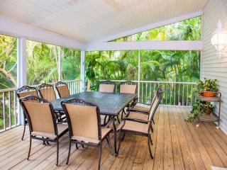 Captiva Star - Luxury Near Beach Home on Captiva