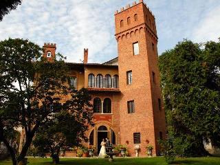 Villa Castello, Borgomanero