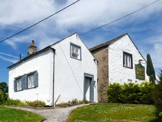 THE SCHOOL HOUSE, detached character cottage, woodburner, private garden, dogs w