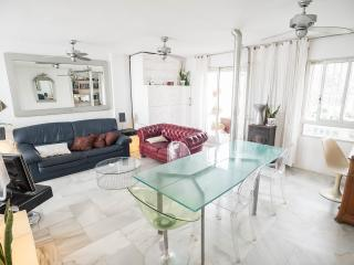 Hippie eco-friendly penthouse, Malaga