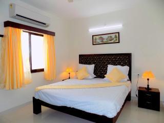 1 BHK Apartment Near Candolim Beach, Goa:CM017