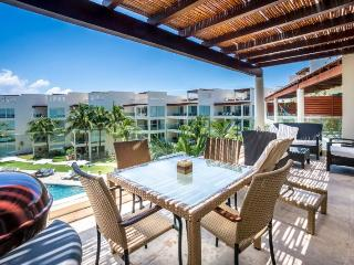 Ocean View Penthouse at The Elements PH 14, Playa del Carmen