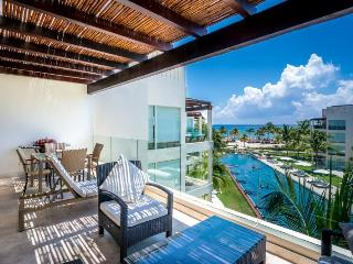 Ocean View Penthouse at The Elements PH 14, Riviera Maya
