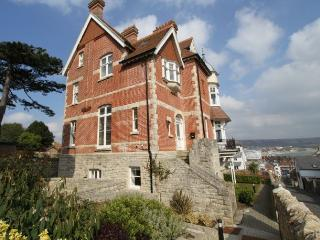 Sea Court - attractive restored Victorian villa