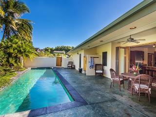 Beautiful and Stunning, Hale Nalani, tucked away, spacious with pool!, Princeville