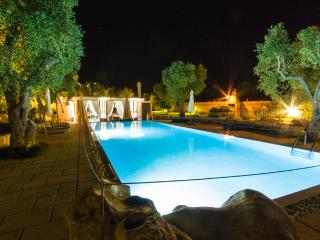 Exclusive and Luxurious Farmhouse, Carpignano Salentino