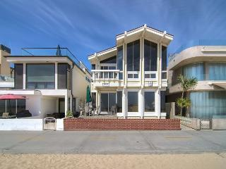 Dolphin View (Lower) ~ RA75590, Newport Beach