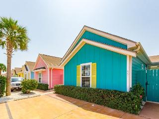 2BR/2BA Corpus Christi Aqua House – Walk to Schlitterbahn Waterpark!, Port Aransas