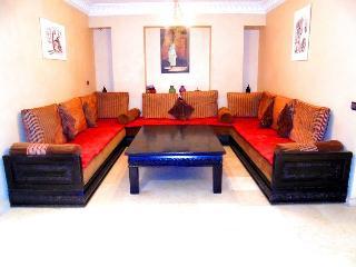 bel appartement spacieux à geuliez, Marrakech