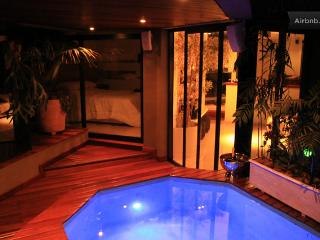 Luxury Morumbi apartment with private HOT jacuzzi, Sao Paulo