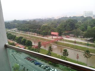 IPOH CITY RIVERVIEW  VACATION APARTMENT