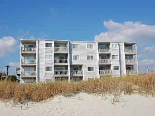 Spacious 2 bedroom, 2 bath direct oceanfront condo., North Myrtle Beach