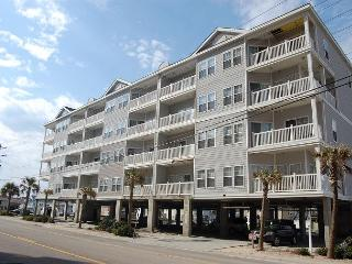 Spacious 6bd/4ba, 2nd row condo at Pier Watch II, North Myrtle Beach