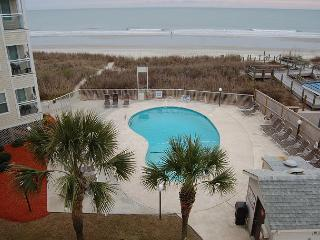 Newly Renovated 2 bedroom, 2 bathroom, oceanfront condo that sleeps 4., North Myrtle Beach