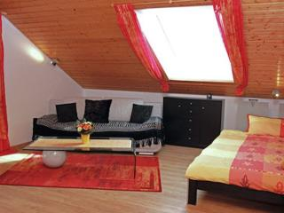 Vacation Apartment in Gaggenau - 387 sqft, great, quiet location, near the forest (150 m)  (# 8930)