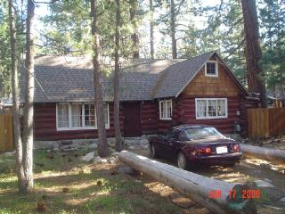 Tahoe romantic 'real' Log Cabin in Bijou Pines