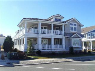 7 107th Street, Stone Harbor