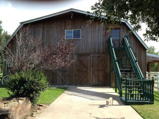 Farm Apartment 1600 Square Feet, Katy