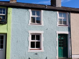 Hafan - a delightful welsh cottage full of character