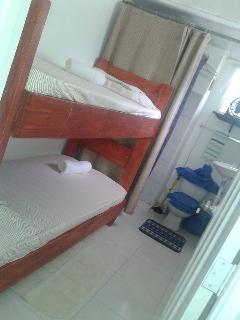habitación para 2 con su baño privado muy cómoda puede ser para 2 o una personas