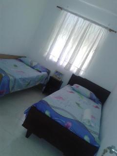 amplia y comoda habitacion US $40.00 dolares po noche osea US20.00por cada persona