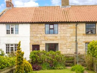 LION COTTAGE, near walks, over three floors, with a garden, in Hinderwell, Ref