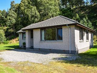 TIGH AN TEARLACH all ground floor, pet-friendly, superb views in Kincraig Ref