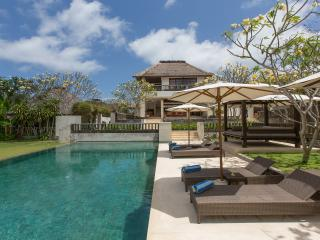 Private 3 bedrooms Pandawa Cliff Villa, Nusa Dua