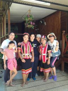 Welcoming Bidayuh's ethnic costumes.