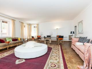 The Art Collector Apartment, Roma