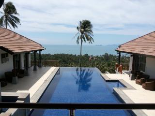 Luxury 4-Bed Sea View Villa in Expansive Gardens, Koh Samui