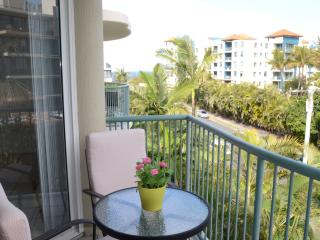 Apartment with ocean views, Maroochydore