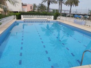 villa junto mar- playa cerca de valencia, piscina