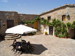Farmhouse in a stunning location, Tremp, Lleida