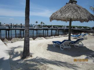3 bedrooms at Ocean Harbour Apartment, Islamorada, Florida Keys.