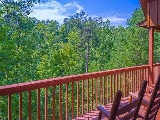 SUMMER SPECIAL FROM $99!!! 2 BR Pigeon Forge Cabin near Dollywood., Sevierville