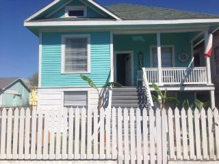 Walking distance from the Beach, Galveston