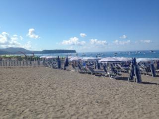 Splendido Appartamento a 30 metri dal mare, Praia A Mare