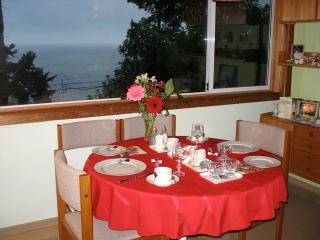 Ocean Rose : Family Friendly  Bed & Breakfast