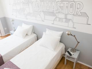 Twin / Double bedroom in Lisbon centre