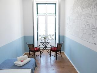Triple bedroom in centre Lisbon