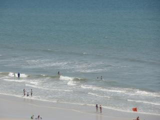Coleman Condo  - Making Waves & Memories - Beachfront - Walk to Everything