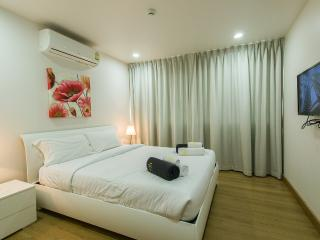 Vacation Rentals - 1 Bedroom Apartment In Karon