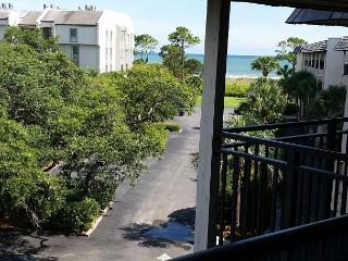 Seaside Villa 304 - 1 Bedroom 1 Bathroom Oceanside Flat  Hilton Head, SC