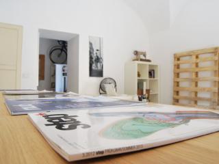 Au-aus/ Ospitalità creativa a 25€/pax, Catania